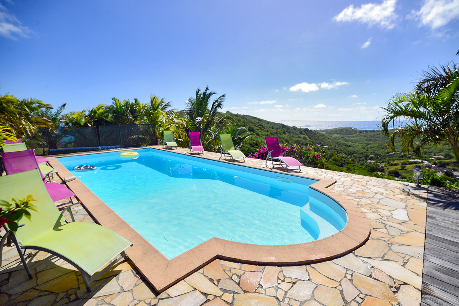 Location villa Sainte Anne Martinique piscine kaz arome